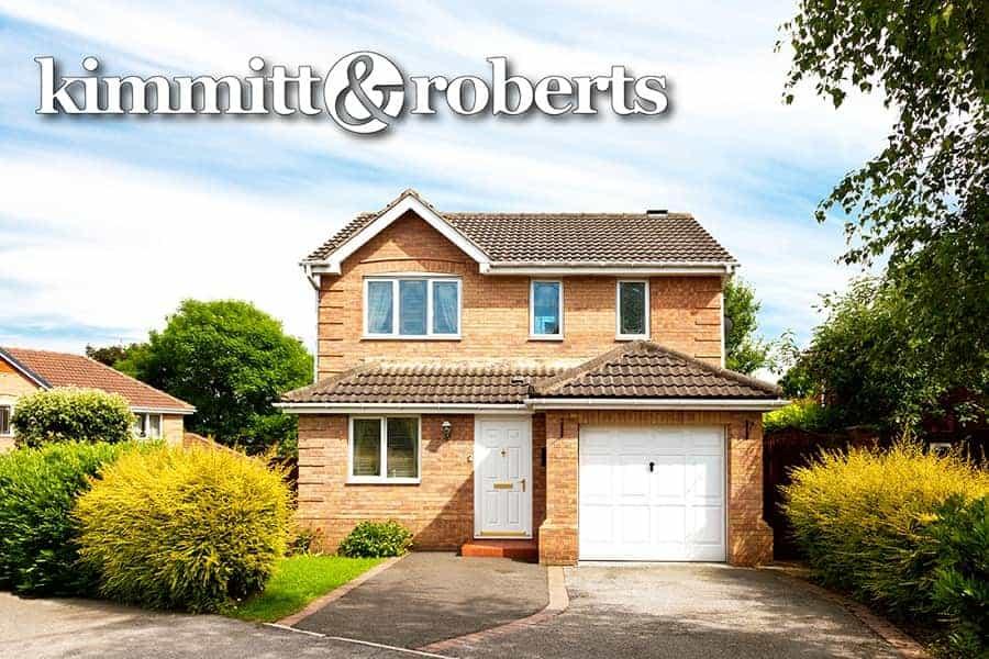 Kimmitt & Roberts-01-min
